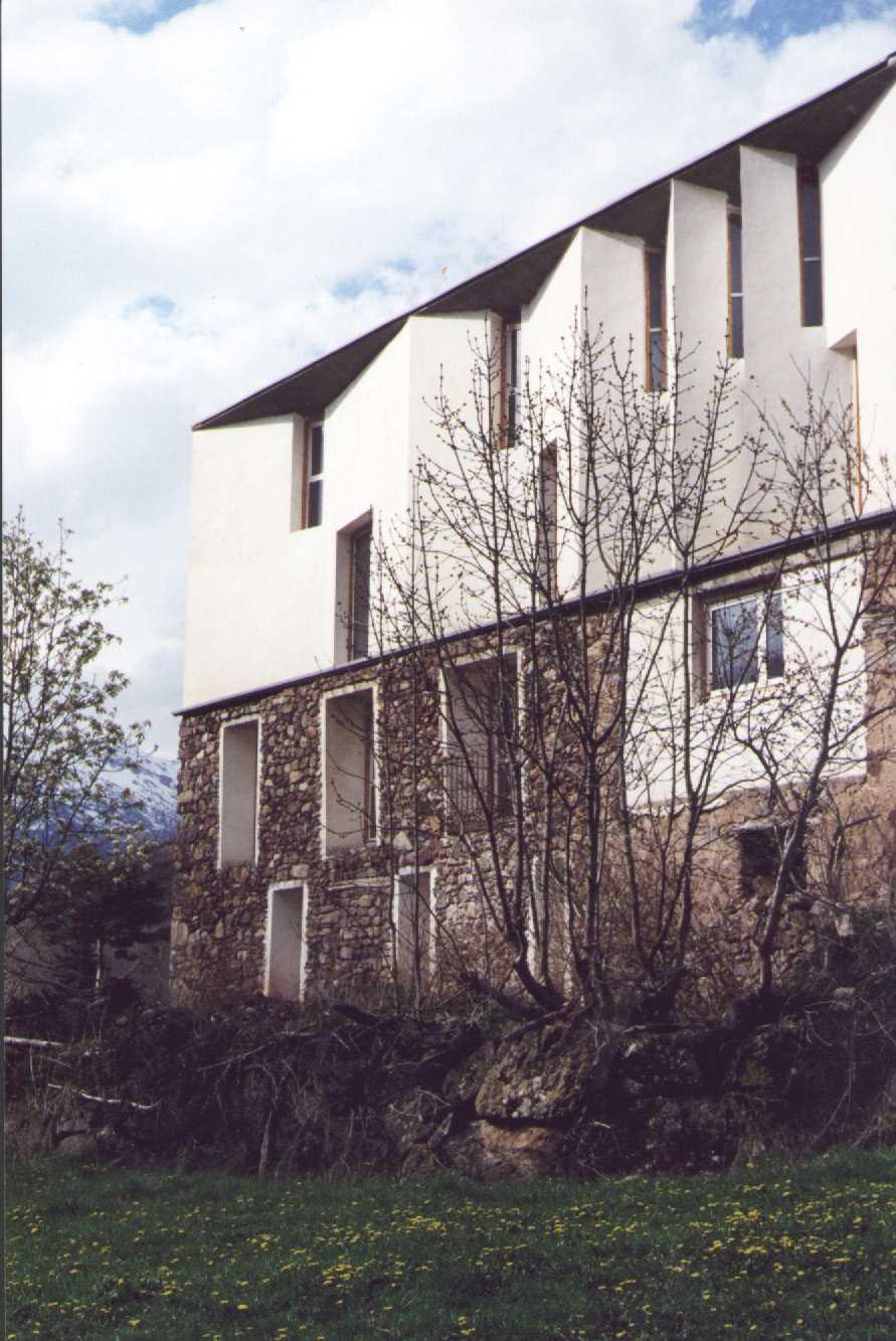pgm2002_v1.jpg