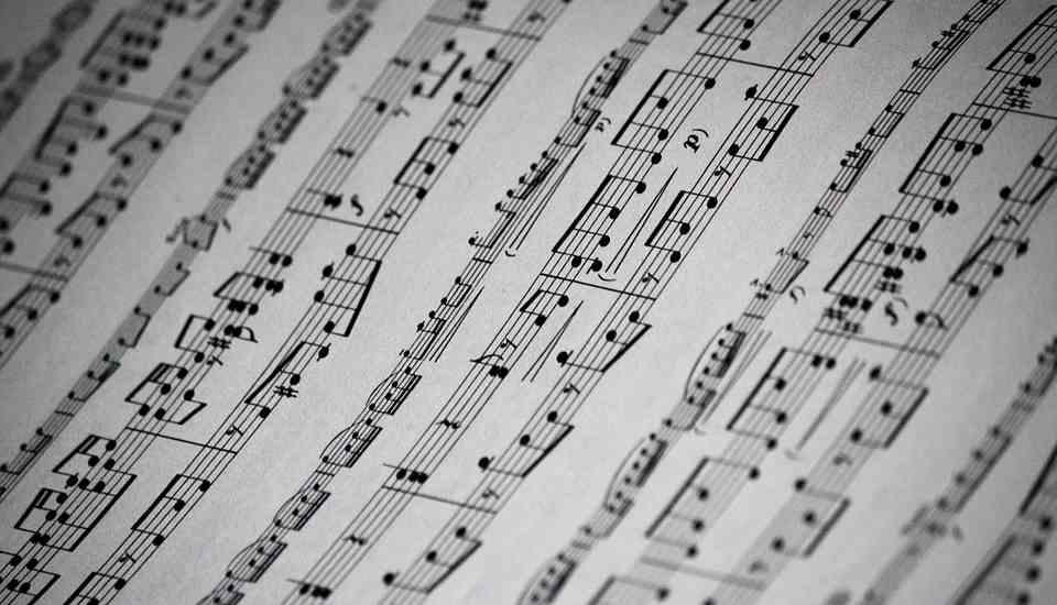 """Presentación """"Breve sinfonía de Marboré"""" Lope Ezquerro, José Luis Simón y el grupo O'Carolan, y obra pictórica """"Marboré"""" Rubén Vidal"""